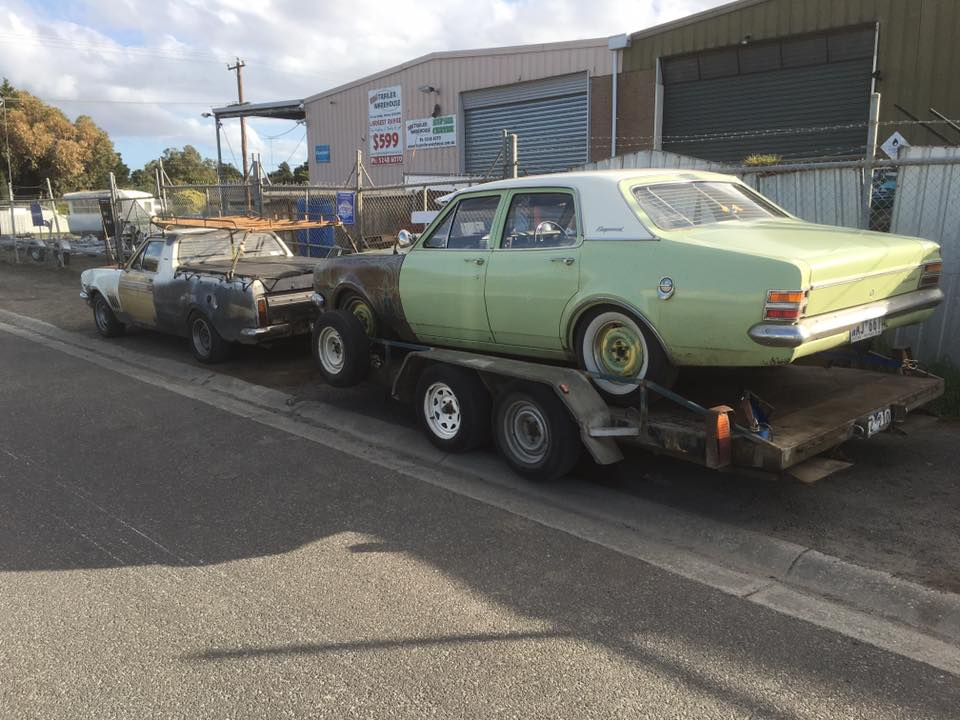 HT Pig Ute towing HT Kingswood