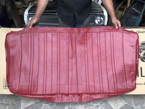 HK Wagon Rear Top in Goya Red