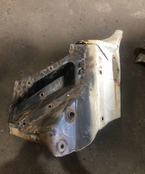 CHUNK 45. LH Bulkhead to Subframe Section
