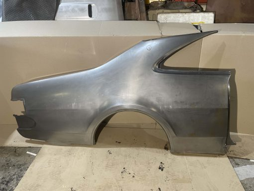 MONARO RH QUARTER PANEL HT HG 1